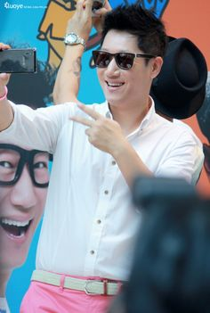 Ji Suk-jin cute! Ji Suk Jin, Yoo Jae Suk, Lizzy After School, Running Man Korean, Korean Variety Shows, Kim Jong Kook, Kwang Soo, Running Humor, Song Joong Ki