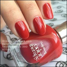 Sally Hansen Haute Springs  - Color Therapy 2016