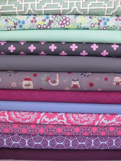 Fabricworm Custom Quilt Bundle Nightingale, 12 Total