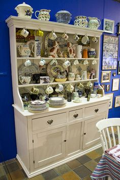 Museum Display Dresser by Kitchen Critic, via Flickr