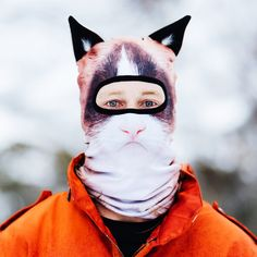 This ones got a bit of catitude! The Angry Cat SKI MASK will keep you warm & stylish this Winter. The World's best Facemasks are made by BEARDO® ▶︎ Shop Now!