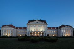 Schloss #Wilhelminenberg, #Vienna - it's a hotel! ... with the most amazing view over all of Vienna