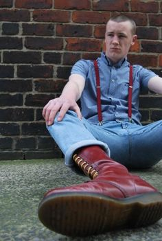 Meet and fuck local hunks: http:& Skinhead Men, Skinhead Boots, Skinhead Fashion, Punk Fashion, Girl Fashion, Skinhead Style, Doc Martens Style, Doc Martens Boots, History Of Jeans