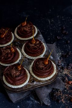 Hazelnut-Chocolate Cupcakes