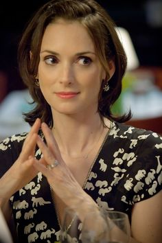Winona Ryder, one of like 3 women in this world that can pull off a boy short haircut and still be sexy.