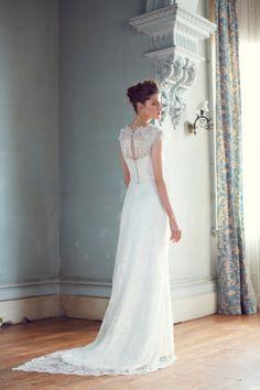 KAREN WILLIS HOLMES - 'Rachel' wedding dress #wedding #dress