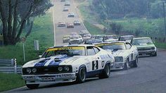 Bond leading Moffat and Bob Morris into Turn 2 at Bathurst Australian Muscle Cars, Aussie Muscle Cars, Ford Falcon Australia, Moto Car, V8 Supercars, Classic Race Cars, Sport Cars, Motor Sport, Car Racer