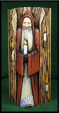 Reflections: Carved Santas & Dreams by Teri Embrey Carving Wood, Wood Carvings, Christmas Wood Crafts, Goose Creek, Rolling Pins, Santa Claus Is Coming To Town, Nutcrackers, Father Christmas, Walking Sticks