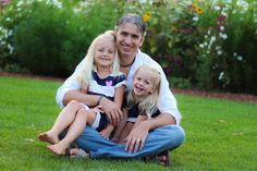 Daddy with His little girls! #funphotos Photo By Beyond Images by Rosita