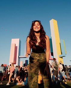 What Celebrities Wore To Coachella - Star Style PH Liza Soberano Wallpaper, Liza Soberano Photoshoot, Liza Soberano Instagram, Lisa Soberano, Revealing Dresses, Filipina Girls, Before Us, Hot Actresses, Festival Outfits