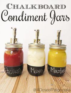 Aquí te dejo 10 increíbles ideas para organizar tu cocina con Mason Jars. Desde saleros hasta contenedores, checa cómo sacarles