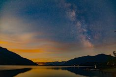 Little Kachess Lake WA state. Just before the nearly full moon rose and diluted the sky. [OC][5472x3648]