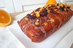 Plumcake all'arancia con cioccolato e fiocchi d'avena - Fidelity Cucina Banana Bread, Desserts, Food, Tailgate Desserts, Deserts, Essen, Postres, Meals, Dessert