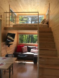 24 Best Tiny House Interior Design Ideas You Must Have - How to Decide on Your Tiny House Insurance Tiny House Loft, Best Tiny House, Modern Tiny House, Small House Design, Tiny House Living, Tiny House Plans, Simple Home Design, Tiny House 2 Bedroom, Tiny House Bathtub