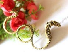 Three Finger Snake Ring  Size 6