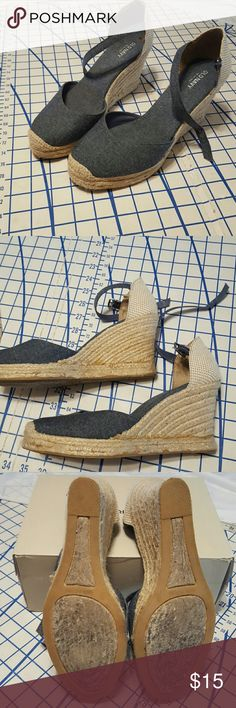 "Denim espadrilles Denim wedges from Old Navy. About 3.5"" heel wrapped with jute. In the 2nd pic you can see a darker line..I think this is glue that has darkened with age. I got these last summer and have hardly worn them. Clean and in good condition. Old Navy Shoes Wedges"