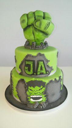 The Incredible Hulk Cake to Jose Antonio 4th Birthday Cakes, 3rd Birthday Parties, Birthday Ideas, Decors Pate A Sucre, Hulk Cakes, Hulk Party, Cupcake Cookies, Cupcakes, Superhero Cake