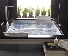 Keep your body feeling great throughout the workweek by relieving stress inside the dual whirlpool bathtub. This luxury tub is designed with 4 fully adjustable TheraPro jets in addition to 19 AccuPro jets that can combine for several different jet settings.