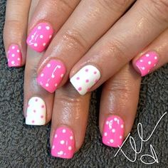 Nails.. I love polka dots!! A must doo!