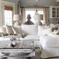 What a cozy room by Erin @cottonstem I love the the fresh white look with lots of texture. This table adds so much to this room. Wouldn't you agree? She's #onetofollow #swoonworthysaturday