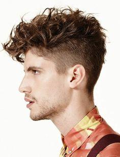 63 astuces pour les hommes avec des cheveux frisés. Cheveux Courts Bouclés  HommeCoupe ... dad959d272e