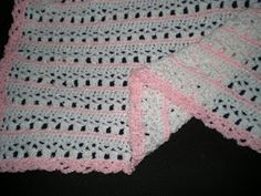Hooked on Crochet: Lovely Baby Blanket