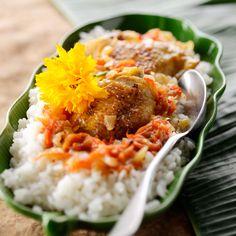 Découvrez la recette poulet yassa sur cuisineactuelle.fr.