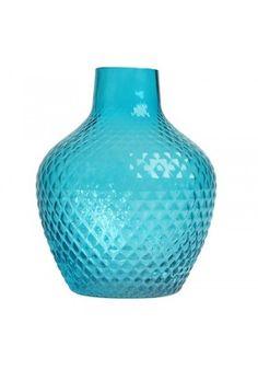 """Vase esprit seventies"""" bleu turquoise de la marque & Klevering. Ce vase va rapidement colorer votre intérieur pour un été en fleurs et couleurs. Surprenez également votre famille ou vos amis en leur faisant un cadeau original et coloré."""