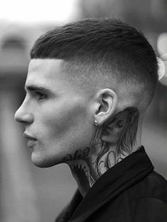 Kevin luchman- the best men's hairdresser/barber I know hair men Hairstyles Haircuts, Haircuts For Men, Trendy Hairstyles, Short Mens Hairstyles Fade, Barber Haircuts, Buzz Cut For Men, Buzz Cuts, Mens Hairdresser, Buzz Cut Styles