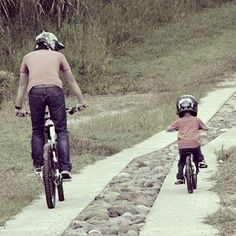 Biking buddies. Motocross, Action Sport, Kids Cycle, My Dad My Hero, Downhill Bike, Kids Bike, Bike Trails, Bike Life, Mountain Biking