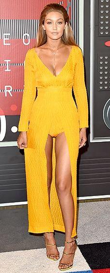 Gigi Hadid: VMAs 2015 // great color on Gigi!