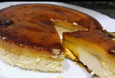 EL HORNO DE CARMELA:   TARTA DE QUESO CON TOCINO DE CIELO  La receta de... Cheesecake Recipes, Cheesecakes, Camembert Cheese, French Toast, Food And Drink, Pie, Gluten Free, Chocolate, Cooking