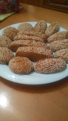 Greek Sweets, Greek Desserts, Greek Recipes, Paximathia Recipe, Greek Pastries, Cookie Recipes, Dessert Recipes, Baking Business, Food Gallery