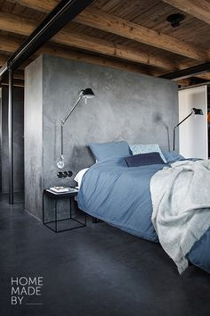 Discover recipes, home ideas, style inspiration and other ideas to try. Bedroom Office, Bedroom Wall, Master Bedroom, Industrial Bedroom, Loft Design, Gray Interior, Cozy House, My Room, New Homes