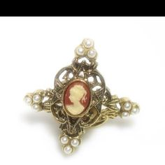 Love cameos, my grandmother got me attached to them.