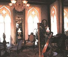 Beautiful Design Traditional Victorian style Decoration