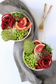 This low-carb Balsamic Ginger Beet Noodle Bowl With Avocado, Blood Orange, and Edamame recipe packs some big flavor.