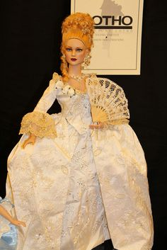 Italian doll convention in Milan: the salesroom on Sunday | Flickr - Photo Sharing!