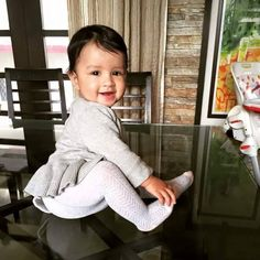 MS #Dhoni's daughter Ziva.