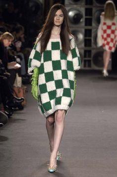 Junko Shimada - Ready-to-Wear - Runway Collection - Women Fall / Winter 2006