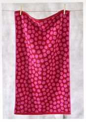 """""""Dots"""" towel in organic cotton"""