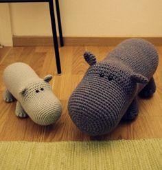 Hippo-Love the Amigurumi Animals! Fun to Crochet for me! Crochet Hippo, Crochet Amigurumi, Cute Crochet, Crochet Animals, Crochet Crafts, Crochet Dolls, Yarn Crafts, Crochet Baby, Learn Crochet