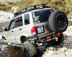 "Suzuki Grand vitara 5.5""; 5.85 R&P ; F&R Lockers; Stage III clutch and more"