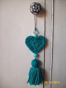 Monederitos vintage Colgantes de corazones (con y sin relleno) Macetitas abrigadas . Knitting For BeginnersKnitting For KidsCrochet Hair StylesCrochet Baby Slip Stitch Crochet, Free Crochet Bag, Cute Crochet, Crochet Geek, Irish Crochet, Vintage Crochet, Crochet Beanie, Crochet Keychain, Crochet Bookmarks