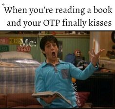 Happened to me with percabeth I Love Books, Books To Read, My Books, Book Memes, Book Quotes, Game Quotes, Funny Relatable Memes, Funny Quotes, Jorge Ben