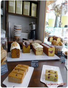 Paris - la bossue #salondethé #labossue #paris #gâteau #pâtisserie #bonneadresse Bakery Store, Bakery Cafe, Food C, Diy Food, Boutique Patisserie, Bakery Shop Design, Small Bakery, Hotel Food, Food Stall