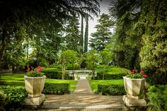 The harmonic equilibrium between body and soul is an indispensable condition for the health. If such a harmonic synergy exists, it will manage to affront with a greater impact, the internal and external pressures, caused by particular events or situations. Villa Eden will assist you in creating this equilibrium in order to increase your #vitality!  #Italy  http://healinghotelsoftheworld.com/hotels/villa-eden-health-resort-italy/