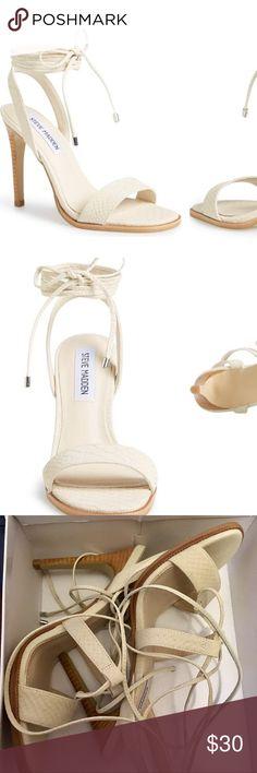BRAND NEW IN BOX STEVE MADDEN Faithful BRAND NEW IN BOX STEVE MADDEN Faithful heel sandals in ivory, dainty reptile print Steve Madden Shoes Sandals