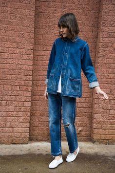mauvais gout (sometimes) double denim Denim Flare Jeans, Denim Flares, Double Denim, Denim Fashion, Look Fashion, Womens Fashion, Net Fashion, Fashion Trends, Mode Outfits