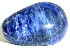 Sodalite Stone has a strong vibration that will bring your attention to the qualities of idealism and truth. It may stimulate latent creative abilities and its energy is particularly helpful to aid the development of psychic abilities, and with developing intuition. It is excellent to aid communication and may help you if you are doing public speaking. It may help you to understand the patterns behind such things as astrology and the tarot.